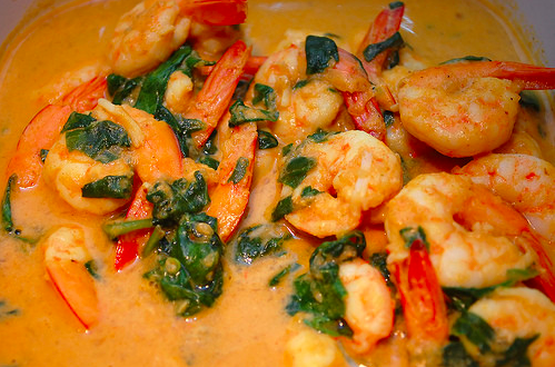 Gluten free, dairy free, paleo and primal blueprint diet friendly. Paleo curried shrimp